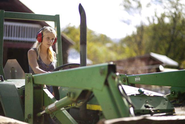 Tractor-800x539-c-default.jpg